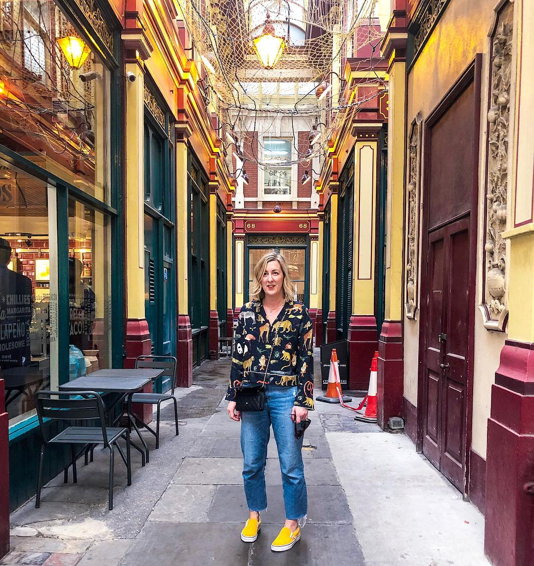 Just popped out for a new Nimbus 2000… Potter fans, Fun fact for you, Leadenhall Market in the City was the location for the entrance to Diagon Alley. Pretty sure they cleared the traffic cones away for that scene . . . Shirt @zara Bag @chanelofficial  Jeans @riverisland  Shoes @vans_europe