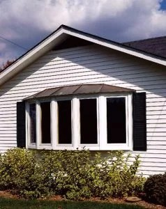 5 Section Bow w/ Metal Hip Roof