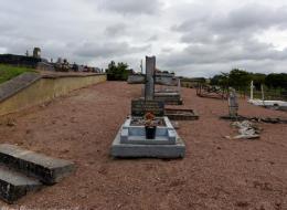 Tombe en mémoire des victimes de l'Émeraude