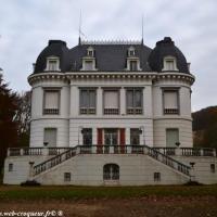 Château Boisson de Prémery - Patrimoine de Prémery
