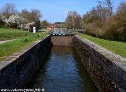 Écluse n°16 Canal-du-Nivernais