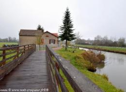 Canal latéral à la Loire La Colâtre
