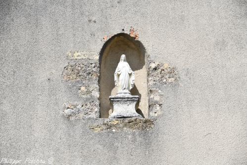 Vierge de l'édifice Nièvre Passion