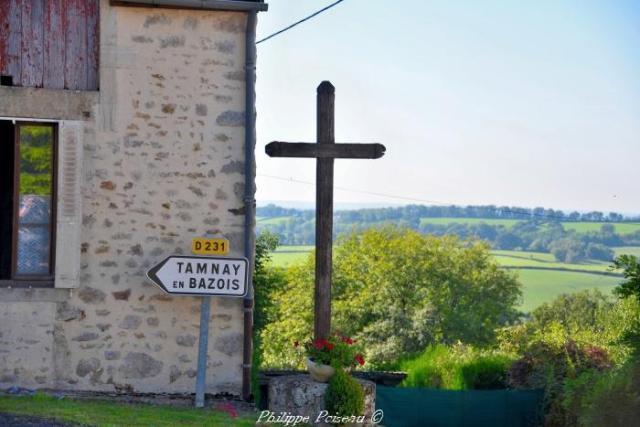 Croix du carrefour de Dun sur Grandry