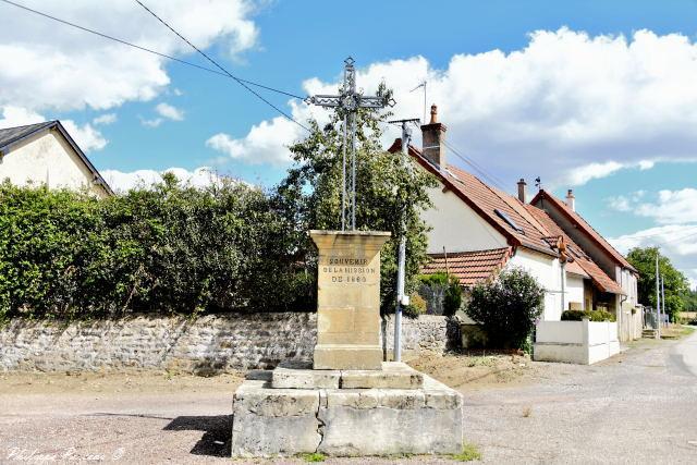 Croix de mission de Le Mousseau