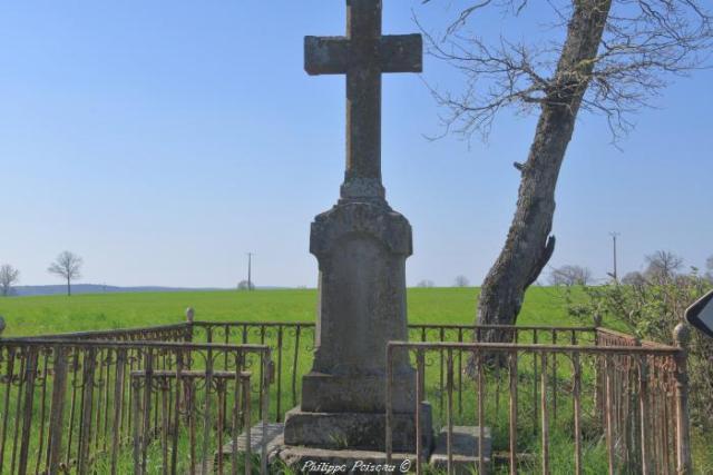 Croix du Crot de l'Ombre