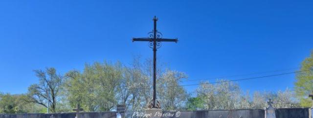 Croix du cimetière de Ternant