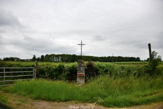 Croix du hameau de Prélichy