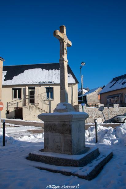 Croix monumentale d'Arleuf