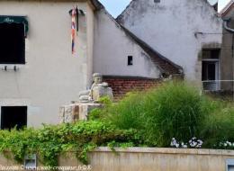 Monument de la résistance à Clamecy