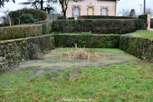 Crot du hameau de Vaux