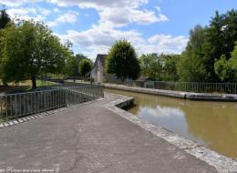 Les cinq ponts de Mingot Nièvre Passion