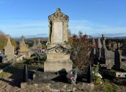 Monument aux morts de Corvol d'Embernard
