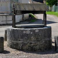 Puits de Varennes les Narcy un patrimoine vernaculaire