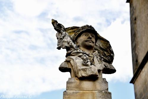 Monument du souvenir d'Amazy Nièvre Passion