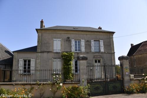 Mairie de Breugnon Nièvre Passion