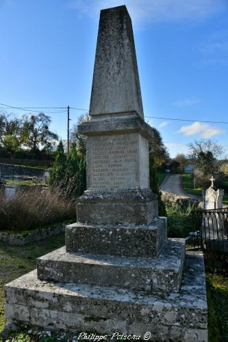 Monument aux morts de Marcy