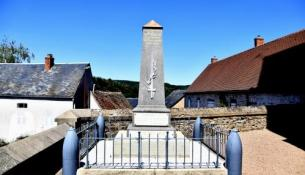 Monument aux morts de Montreuillon Nièvre Passion