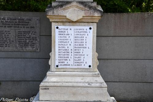 Monument aux morts de Villechaud