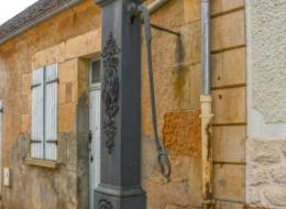 Pompe à Bras de Lurcy le Bourg