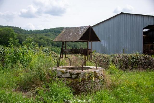 Puits du hameau de Jeaux