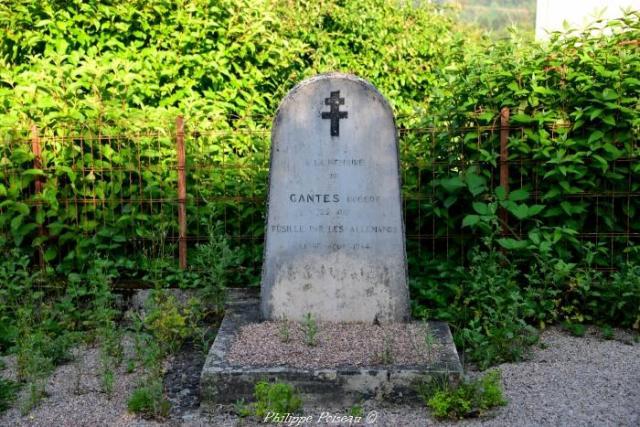 Stèle du fusillé de Le Maraut