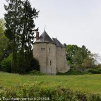 Château de Frasnay les Chanoines