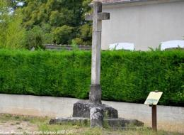 Croix carrefour Bulcy Nièvre Passion