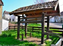 Travail à ferrer de Sardy lès Épiry