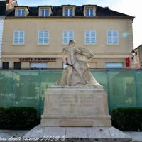Monument aux Morts de La Charité-sur-Loire - Patrimoine