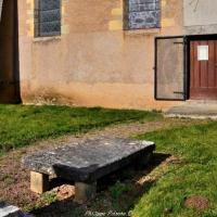 Pierre des morts d'Aunay-en-Bazois - Reposoir