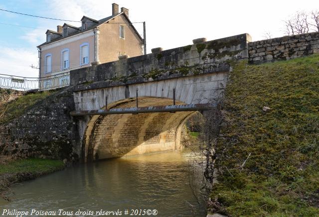 Pont de Tamnay En Bazois
