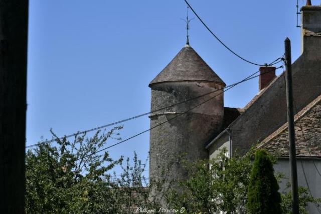 Ancienne maison forte de Cervon