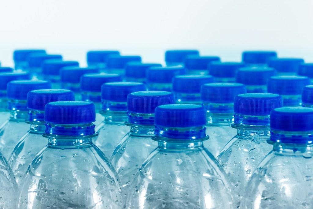 bouteille plastique à usage unique
