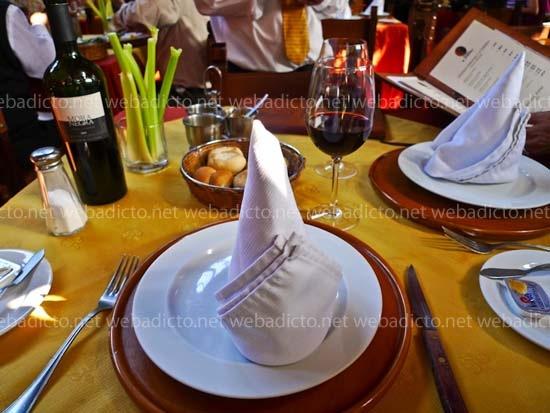 el-hornero-mesa-servilleta
