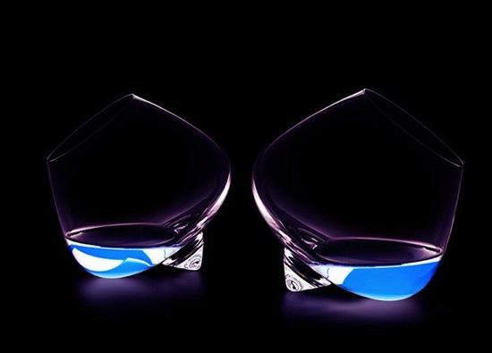 copa-cognac-elegante-minimalista-2