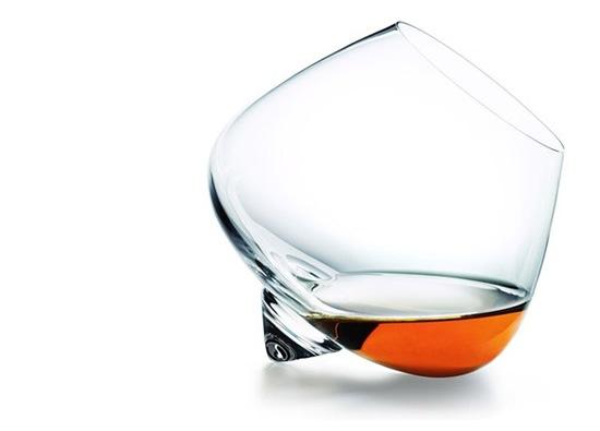 copa-cognac-elegante-minimalista