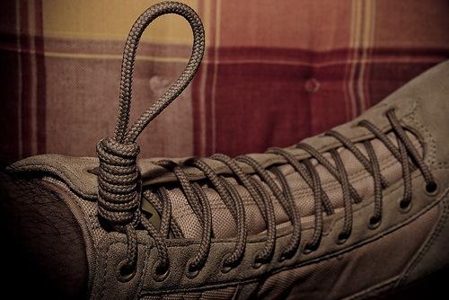 ian-shoelace-matee