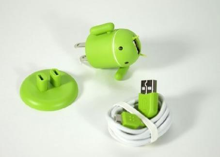 muneco-android-usb-cargar-smartphones-2