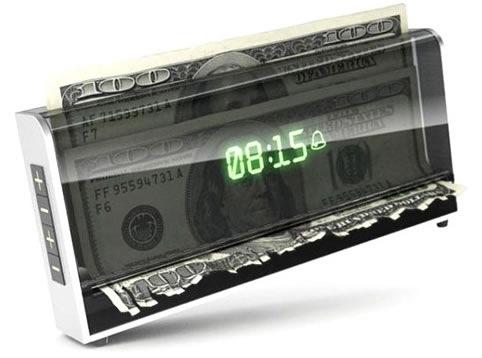 reloj-despertador-efectivo-dinero