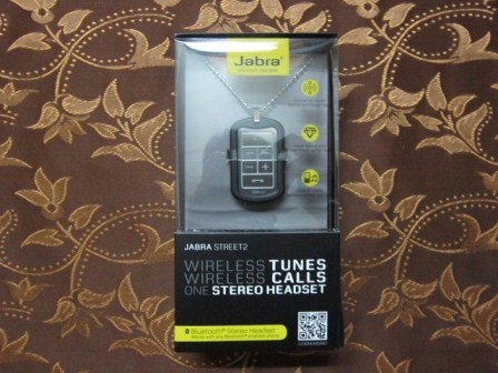 Jabra Street2 retail box