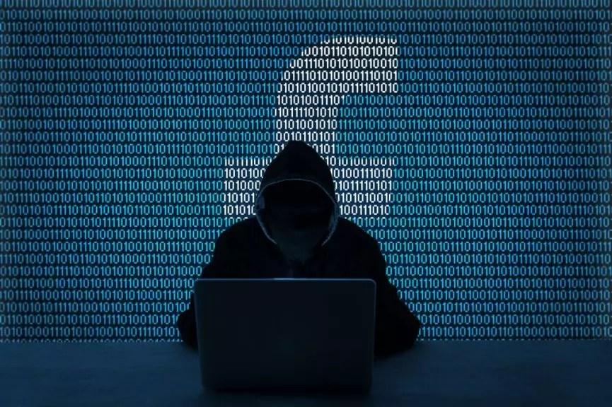 Come hackerare Facebook