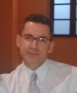 Dr. Víctor Gonzalvo Pérez