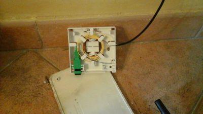 riparazione scatola terminale fibra ottica