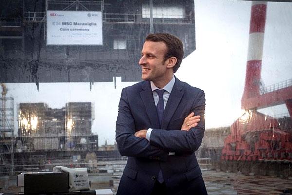 Emmanuel Macron le 1er février 2016 aux chantiers de Saint-Nazaire