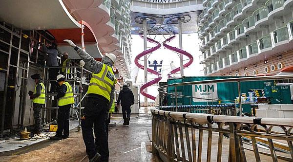 Pont supérieur Symphony of the Seas