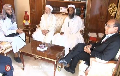 Imed Ben Salah (à gauche) avec d'autres dirigeants salafistes reçus au Palais de Carthage par le président Marzouki - photo(Presidence.tn)