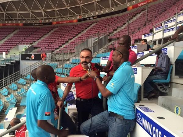 L'entraineur de l'Angola Mancho Lopez