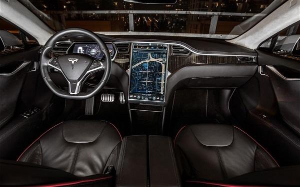 Tesla-Model-tableau-de-bord