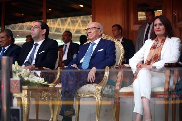 Imed Jabri (Sec.E. Sport), Youssef Chahed (Chef du GVT), Béji Caid Essebsi (PDT de la Rép.), Majdouline Cherni (Min.Sports) (Photo : Présidence TN)